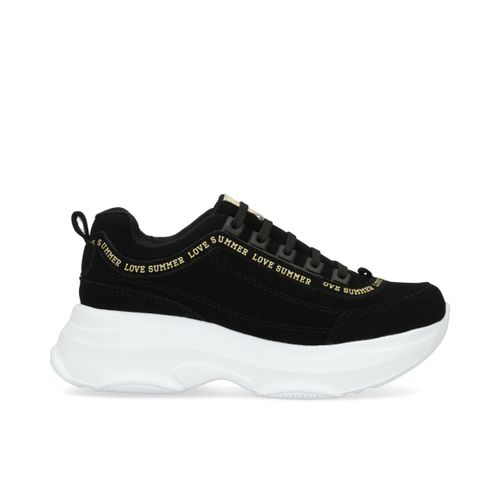 Chunky_Sneakers