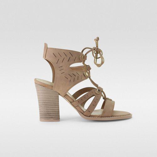 Sandalia-Gladiador-Agujeta
