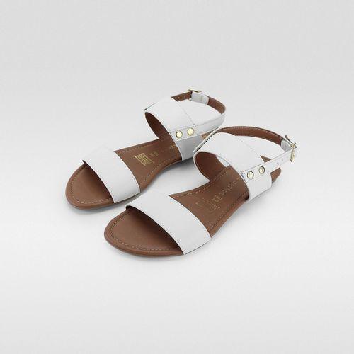 Sandalia-Flat-detalles-Metalicos