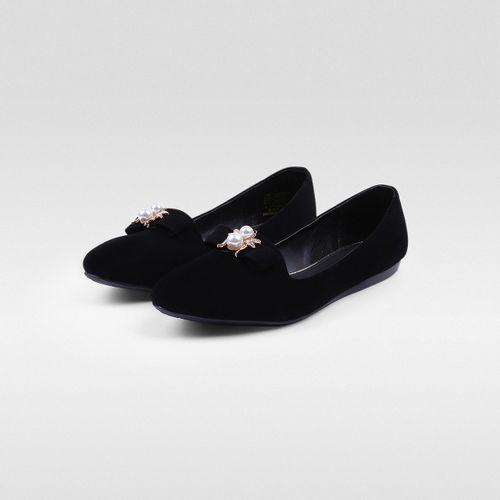 Loafer-con-detalle-Metalico