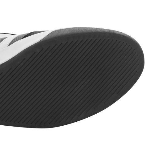 Tenis-bota-con-agujeta